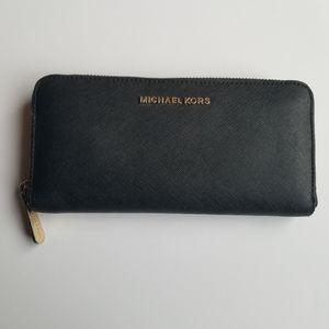 Michael Kors Saffiano Leather Black Zip Wallet